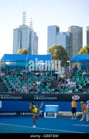 Tennis - Australian Open 2009 - Day One - Melbourne Park - Stock Photo