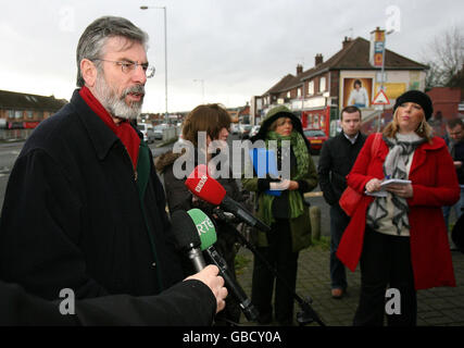 Gerry Adams press conference - Stock Photo
