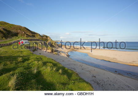 A motorhome parked by a beach near Port Ellen on the Isle of Islay, Inner Hebrides, Scotland. - Stock Photo