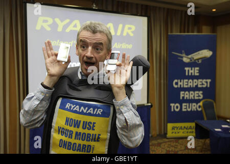 Ryanair goes mobile - Stock Photo