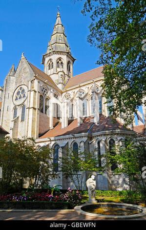 Notre-Dame de Semur-en-Auxois, church, Semur-en-Auxois, Dijon, Departement Cote-d'Or, Bourgogne, France / Burgundy - Stock Photo