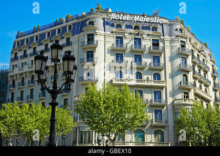 hotel majestic shopping street passeig de gracia barcelona catalonia spain catalunya