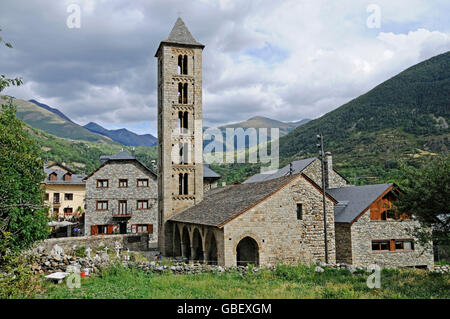 Santa Eulalia, romanesque church, Erill la Vall, La Vall de Boi valley, Pyrenees, province LLeida, Catalonia, Spain - Stock Photo