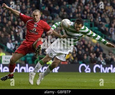 Soccer - Clydesdale Bank Scottish Premier League - Celtic v St Mirren - Celtic Park - Stock Photo