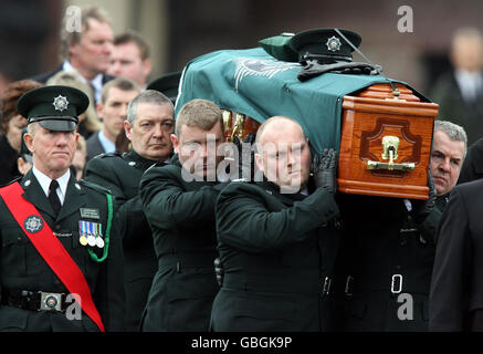 Police officer shot in Northern Ireland - Stock Photo