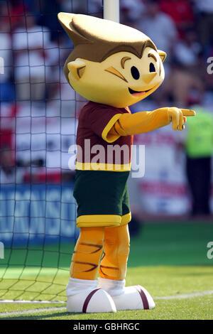 Soccer - UEFA European Championship 2004 - Group B - England v Switzerland. The official Championship mascot Kinas