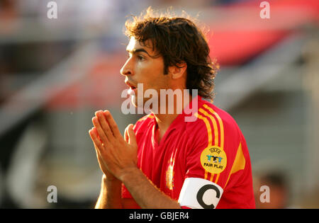 Soccer - UEFA European Championship 2004 - Group A - Spain v Russia. Raul, Spain