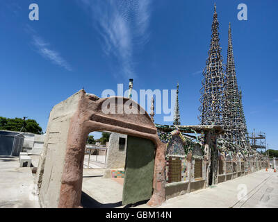 Watts Towers in Los Angeles. A collection of 17 interconnected sculptural structures - Stock Photo