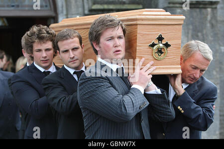 Vincent O'Brien funeral - Stock Photo