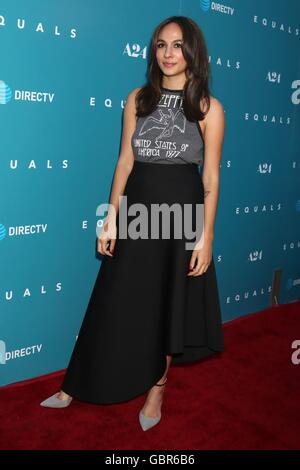Los Angeles, CA, USA. 7th July, 2016. Aurora Perrineau at arrivals for EQUALS Premiere, Arclight Hollywood, Los - Stock Photo