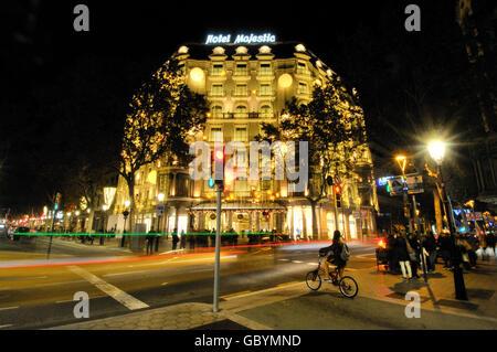 passeig de gracia barcelona catalonia spain stock majestic hotel