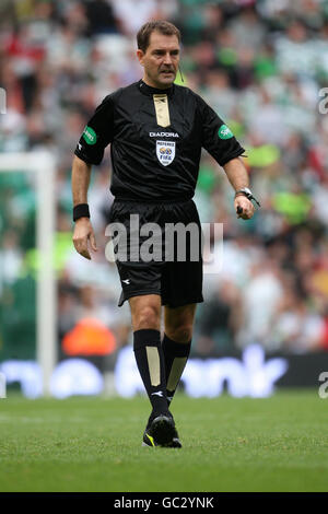 Soccer - Clydesdale Bank Premier League -Celtic v Heart of Midlothian - Celtic Park - Stock Photo
