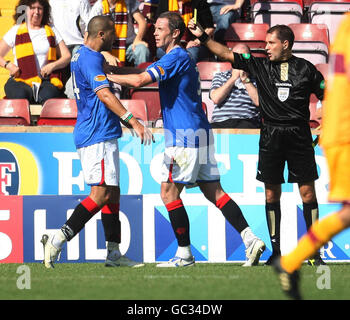 Soccer - Clydesdale Bank Scottish Premier League - Motherwell v Rangers - Fir Park - Stock Photo