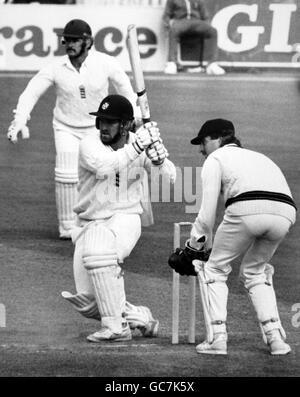 Cricket - Australia in British Isles 1985 (4th Test) - England v Australia - Second Day - Old Trafford, Manchester - Stock Photo
