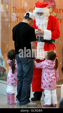 Christmas shopping - Stock Photo