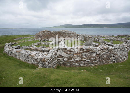 The 2000year BC Iron Age Broch of Gurness at Evie on the North coast of Orkney Mainland.  SCO 10,564 - Stock Photo