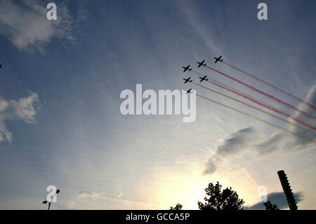 Warsaw. 8th July, 2016. White Red Sparks aerobatic team of Polish Air Force performs during the opening ceremony of the NATO summit in Warsaw, Poland on July 8, 2016. The NATO summit kicked off here Friday afternoon, with Polish President Andrzej Duda and NATO Secretary General Jens Stoltenberg officially greeting participants at the National Stadium PGE. © Shi Zhongyu/Xinhua/Alamy Live News Stock Photo