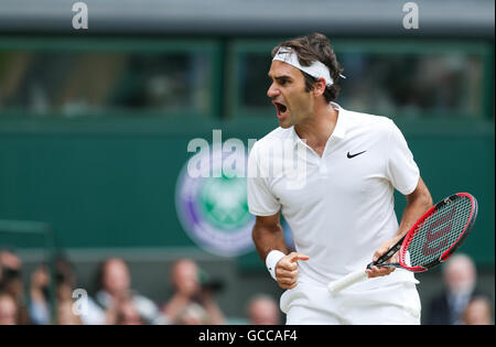 London, UK. 8th July, 2016. Roger Federer of Switzerland celebrates during the men's singles semifinal with Milos - Stock Photo