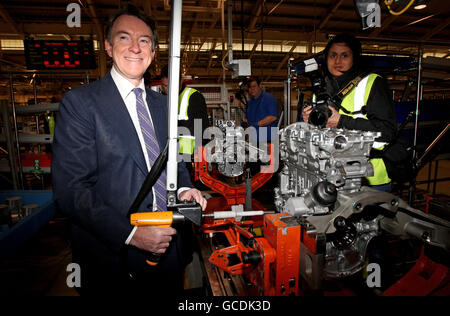 Lord Mandelson visits Ford - Stock Photo