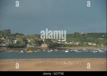 The town of Rock on the Camel Estuary in Cornwall - Stock Photo