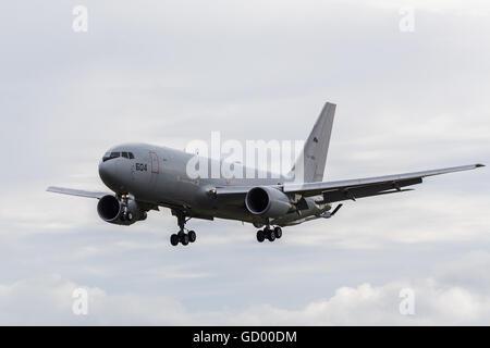 Japan Air Self Defense Force KC-767 landing at the 2016 Royal International Air Tattoo. - Stock Photo