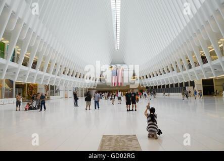 Oculus, new transit station, WTC 9/11 Memorial Plaza, Manhattan, New York City - Stock Photo