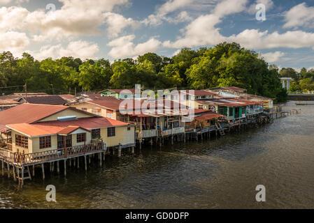 The river village of Kampong Ayer in Bandar Seri Begawan, Brunei. - Stock Photo