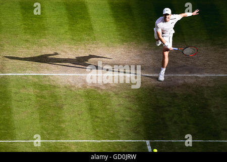 London, UK. 8th July, 2016. Andy Murray (GBR) Tennis : Andy Murray of Great Britain during the Men's singles semi - Stock Photo