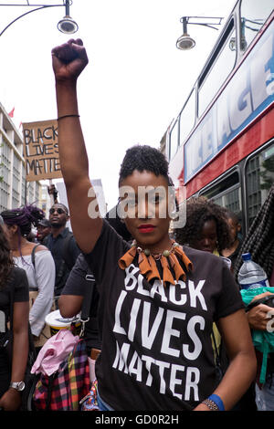 "London, UK. 10th July, 2016. ""Black Lives Matter""!  Over a thousand people marched down Oxford Street  and on to - Stock Photo"