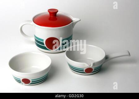 household, kitchen, boil-proof porcelain dish 'Cordoflam', design: Hans Merz (Form), decor variants of the 1970s - Stock Photo