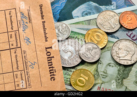 money / finances, coins, wage packet of the Federal Railways, Deutschmark money, Germany, circa 1970, Additional - Stock Photo