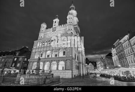 Black and white photo of Old Market Square in Poznan at night, long exposure effect, Poland. - Stock Photo