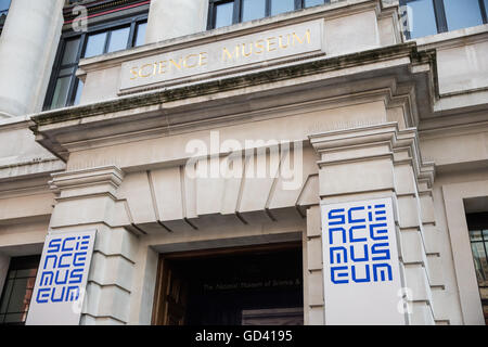 London, UK. 11th July, 2016. The Science Museum in Kensington, London. Credit:  Mark Kerrison/Alamy Live News - Stock Photo
