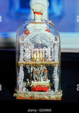 fine arts, folk art, impossible bottle with altar and preacher, glass, Swabia, 19th century, Werdenfels museum, - Stock Photo
