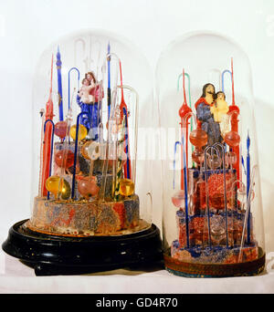 fine arts, folk art, devotional thing, Madonna and Saint Joseph with child under glass covers, glass, wax, Bavaria - Stock Photo