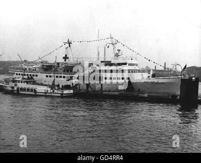 Vietnam War 1955 - 1975, humanitarian aid, return of the hospital ship 'Helgoland' of the German red cross from - Stock Photo