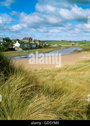 Aberffraw village, the River Ffraw and stone-arched Hen Bont bridge seen from the dunes.isle of Anglesey, North - Stock Photo