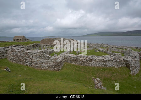 The 200year BC Iron Age Broch of Gurness at Evie on the North coast of Orkney Mainland.  SCO 10,570. - Stock Photo