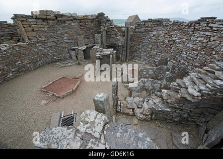 The 200year BC Iron Age Broch of Gurness at Evie on the North coast of Orkney Mainland.  SCO 10,571. - Stock Photo