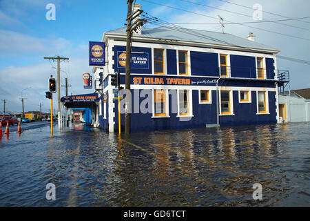 St Kilda Tavern during South Dunedin floods, Dunedin, South Island, New Zealand - Stock Photo