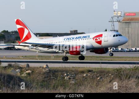 CSA Czech Airlines Airbus A319-112 [OK-NEM] operating a flight from Prague. - Stock Photo