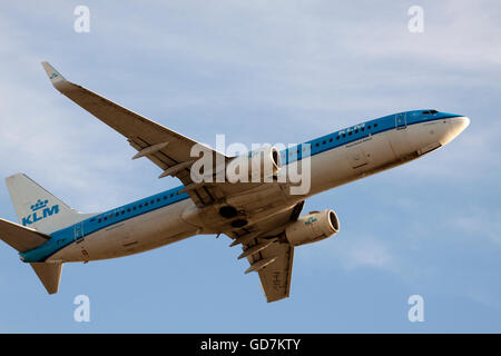 AMSTERDAM, THE NETHERLANDS - FEBRUARY 18, 2015 Boeing 747 klm have just left the runway on our way to his destination - Stock Photo