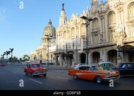 1950's classic vintage American cars in Havana, Cuba. - Stock Photo