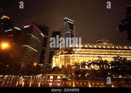 Asien, Suedost, Singapur, Insel, Staat, Stadt, City, Skyline, Zentrum, Fullerton Hotel,  Nacht - Stock Photo