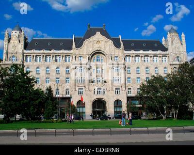 Four Seasons Hotel Gresham Palace, Budapest, Hungary / Gresham Palais - Stock Photo