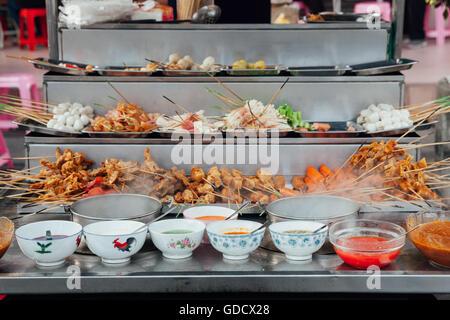 Lok-Lok steamboat stall at the Kimberly Street Food Market, George Town, Penang, Malaysia. - Stock Photo