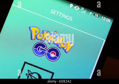 Velika Gorica, Croatia. 15th July, 2016. : Macro close up image of Pokemon Go game app logo on the smartphone. Pokemon Go is a free-to-play augmented reality mobile game developed by Nintendo. Credit:  PhotoJa/Alamy Live News