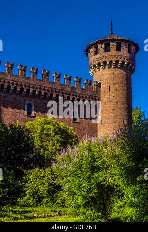 Turin, Italy. 16th July, 2016. Italy Piedmont Turin Summer to Velentino park Medieval Village Credit:  Realy Easy - Stock Photo