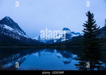 swiftcurrent lake,glacier national park,montana - Stock Photo