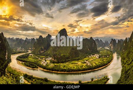 Xianggong hill, Li River and Karst mountains, Guilin, Guangxi, China - Stock Photo